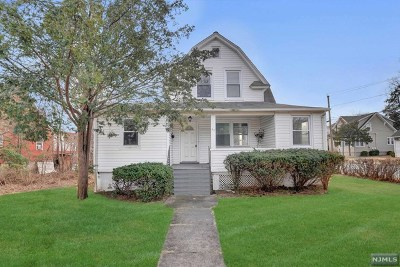 Bergen County Single Family Home For Sale: 52 West Passaic Street
