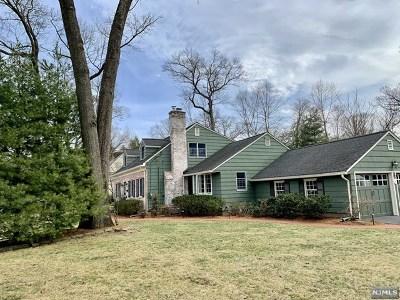 Ridgewood NJ Single Family Home For Sale: $998,000