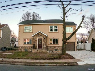 Fair Lawn Single Family Home For Sale: 13-11 Orchard Street