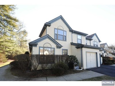 Mahwah Condo/Townhouse For Sale: 192 Mabie Court