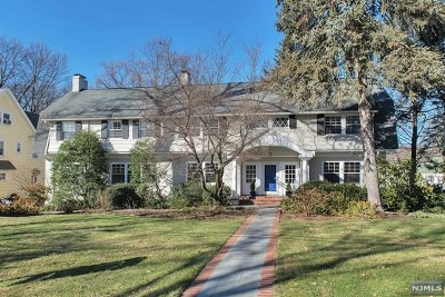 Essex County Single Family Home For Sale: 3 Woodland Road