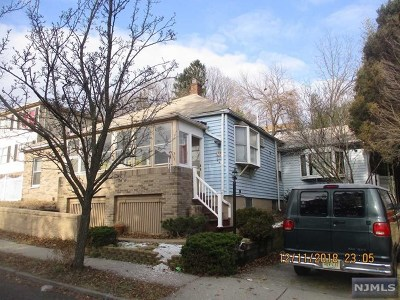 Hawthorne Single Family Home For Sale: 58 North 14th Street
