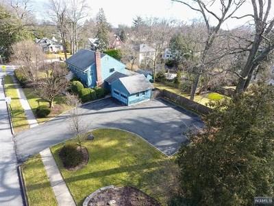 Hillsdale Single Family Home For Sale: 297 Hillsdale Avenue