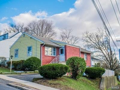 Hackensack NJ Single Family Home For Sale: $325,000