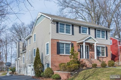 Essex County Single Family Home For Sale: 35 Bond Place