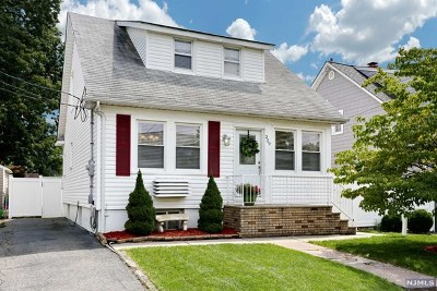 Hawthorne Single Family Home For Sale: 329 Hawthorne Avenue