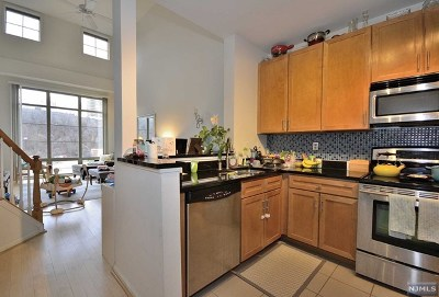 Hudson County Condo/Townhouse For Sale: 24 Ave At Port Imperial #428