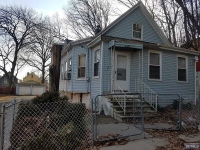 Passaic Single Family Home For Sale: 473-477 Harrison Street