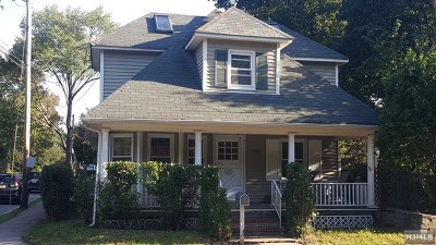 Ridgewood Single Family Home For Sale: 279 East Glen Avenue