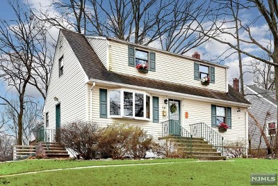 Westwood Single Family Home For Sale: 15 Beech Street