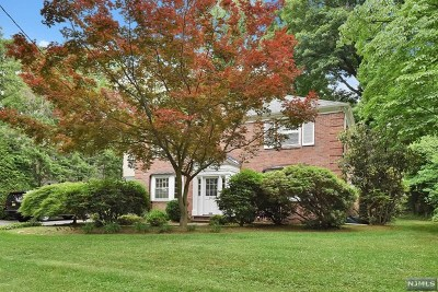 Tenafly Single Family Home For Sale: 57 Howard Park Drive