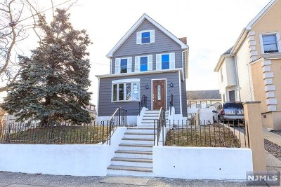 Hudson County Single Family Home For Sale: 196 Oakwood Avenue