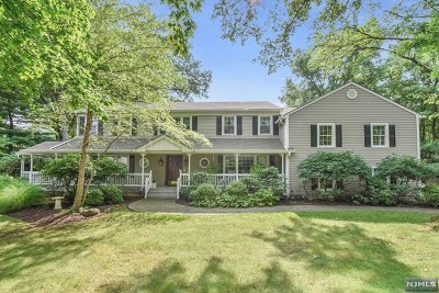 Bergen County Single Family Home For Sale: 7 Tilden Place