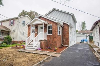 Fair Lawn Single Family Home For Sale: 25-14 Berdan Avenue