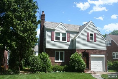 Bergen County Single Family Home For Sale: 1037 Alpine Drive