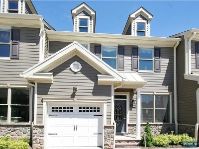 Bergen County Condo/Townhouse For Sale: 1407 Whitney Lane