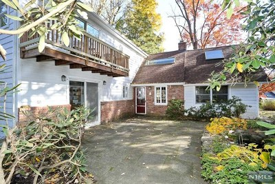 Passaic County Single Family Home For Sale: 281 Cupsaw Drive