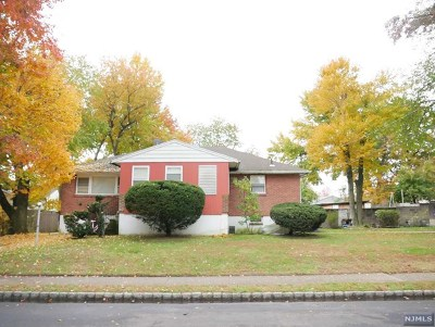 Englewood Single Family Home For Sale: 214 3rd Street