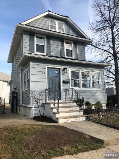 Ridgefield Park NJ Single Family Home For Sale: $399,900