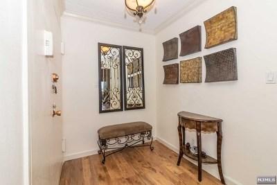 Cliffside Park Condo/Townhouse For Sale: 250 Gorge Road #23d