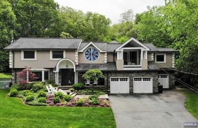 Ridgewood Single Family Home For Sale: 812 Arrow Lane