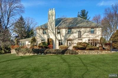 Ridgewood Single Family Home For Sale: 60 Clinton Avenue