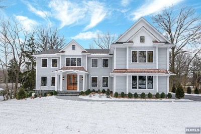 Wyckoff Single Family Home For Sale: 796 Birchwood Drive