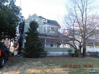 Hackensack Single Family Home For Sale: 283 Hamilton Place