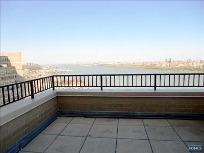 Guttenberg Rental For Rent: 7002 Boulevard East #43a