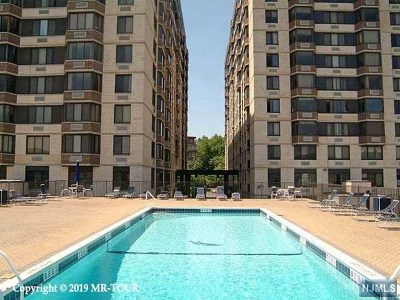 Hackensack Condo/Townhouse For Sale: 326 Prospect Avenue #10k