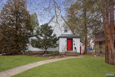 Teaneck Single Family Home For Sale: 123 Merrison Street