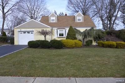 River Edge Single Family Home For Sale: 224 Berkeley Road