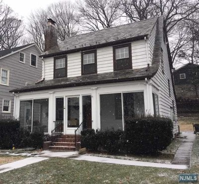 Essex County Single Family Home For Sale: 44 Chapman Place
