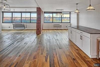 Guttenberg Rental For Rent: 7004 Boulevard East #30e