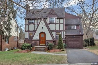 Teaneck Single Family Home For Sale: 172 Herrick Avenue
