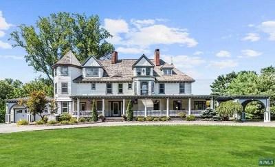 Ridgewood Single Family Home For Sale: 18 Brookside Avenue