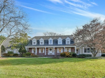 Franklin Lakes Single Family Home For Sale: 979 Lily Pond Lane