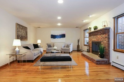 Tenafly Single Family Home For Sale: 2 Brick Court