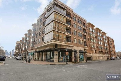 West New York Condo/Townhouse For Sale: 22 Ave At Port Imperial #219