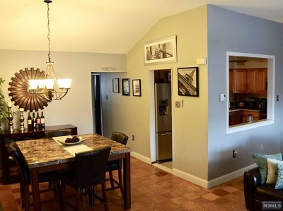 Teaneck Condo/Townhouse For Sale: 68 East Maple Street