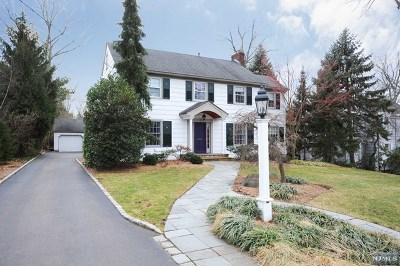 Ridgewood Single Family Home For Sale: 314 Hamilton Road