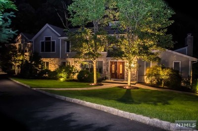 Franklin Lakes Single Family Home For Sale: 720 Sandia Place