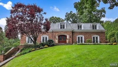 Ridgewood Single Family Home For Sale: 100 Elmsley Court