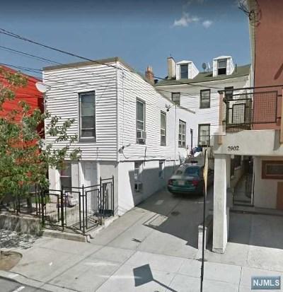 Union City Condo/Townhouse For Sale: 2905 Summit Avenue #3