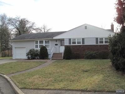 Oradell Single Family Home For Sale: 799 West Glenside Court
