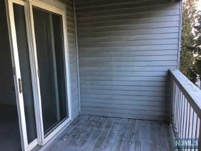 Paterson Condo/Townhouse For Sale: 121 Quartz Lane