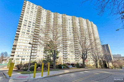 Fort Lee Condo/Townhouse For Sale: 555 North Avenue #9r