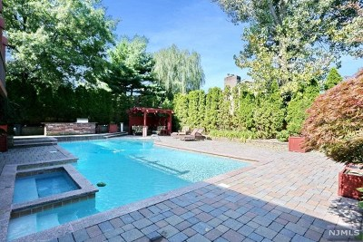 Englewood Cliffs Single Family Home For Sale: 276 Ash Street