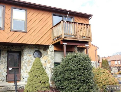 Wanaque Condo/Townhouse For Sale: 9e Brookside Heights