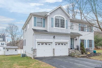 Dover Town Single Family Home For Sale: 3 Hillsdale Drive